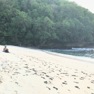 Hidden beach in Indonesia, Secret beach, Nusa Penida